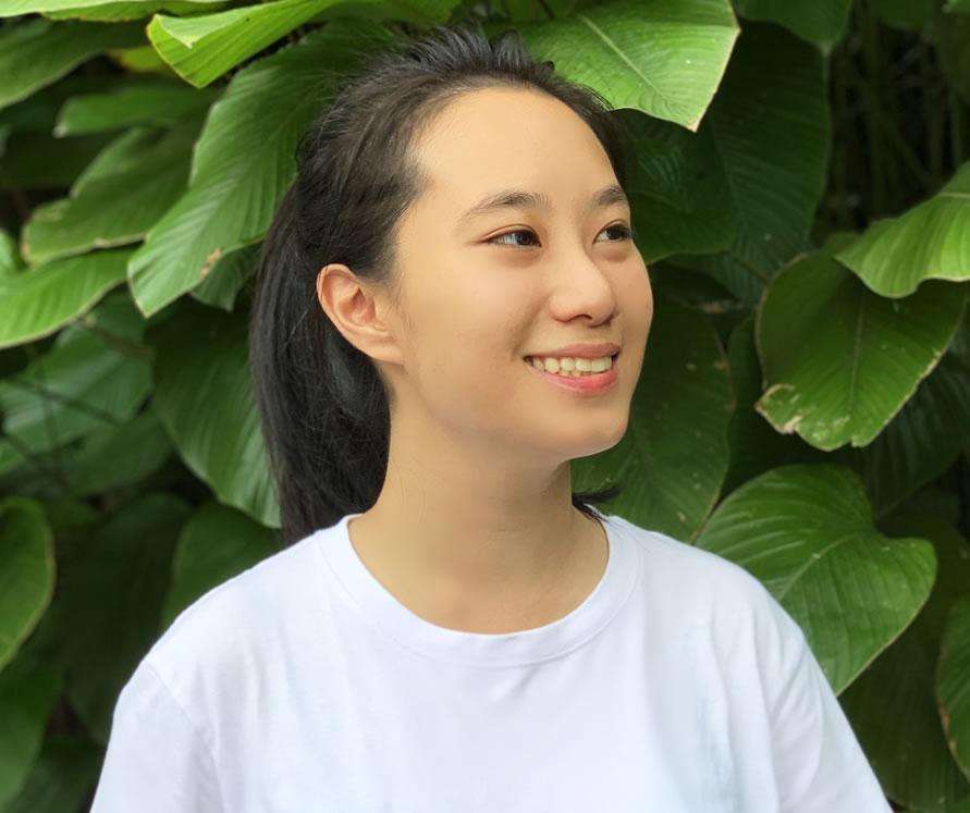 Nicole Ee